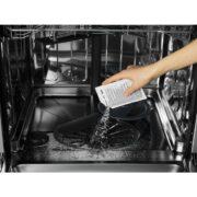 CLEAN & CARE ZA POMIVALNI STROJ
